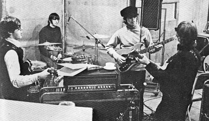 The-Beatles studio